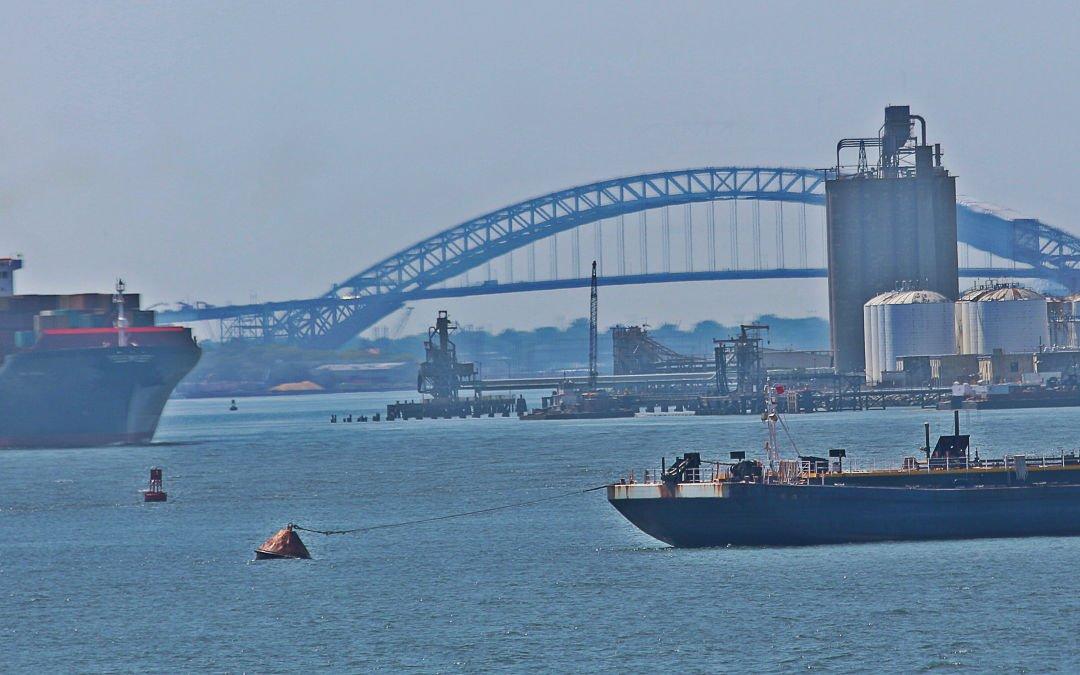 Bridge of Manhattan from New York Bay
